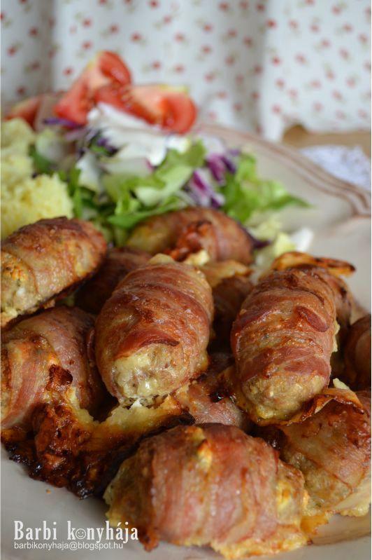 Megint egy gyorsan összedobható ebédötlet, imádom a darált sertéshúst, mert olyan sokoldalúan fel lehet használni és drágának sem mondható....