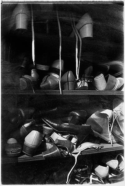 Daido Moriyama - Artists - Luhring Augustine