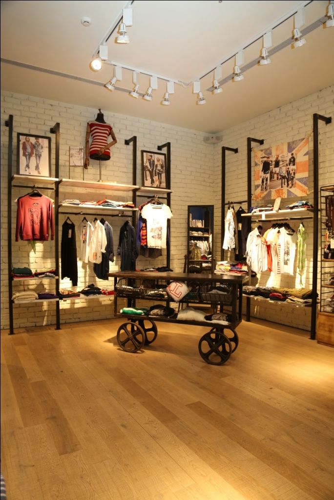 Pepe Jeans, New concept store. Apparel retail store fixtures