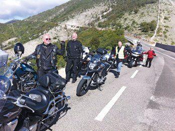 Gruppenreisen machen nicht nur viel Spaß, man muss sich auch um nichts kümmern. Sabine und Ulli waren mit NSK in Griechenland ...