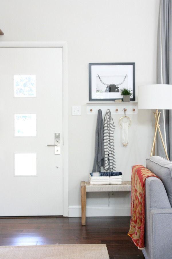 Foyer Door Opener : How to decorate when your front door opens into