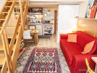 http://www.apartmentslucca.com/holidayrentals/inside-the-walls/sogno-apartment/