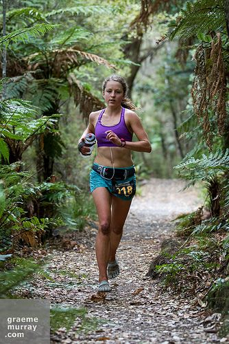 Ruby Muir ( NZ) simply floats above the trails in her Vibram Five Finger shoes