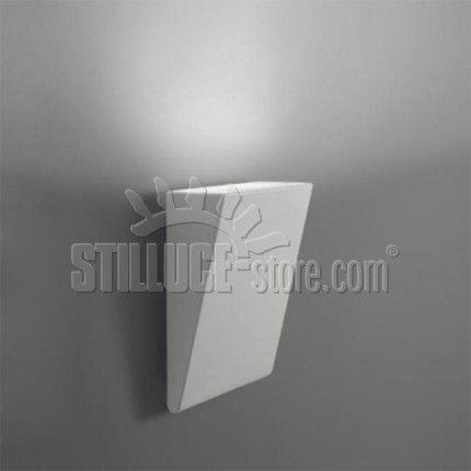Artemide Cuneo LED Lampada da esterno IP65, installabile sia a terra per un illuminazione radente di percorsi o ampie zone nei giardini, sia a parete, per creare un effetto wall washer sui muri. Colore: grigio/bianco o ruggine