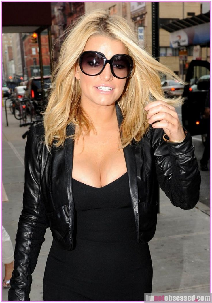 jessica simpson hair- love the color and cut