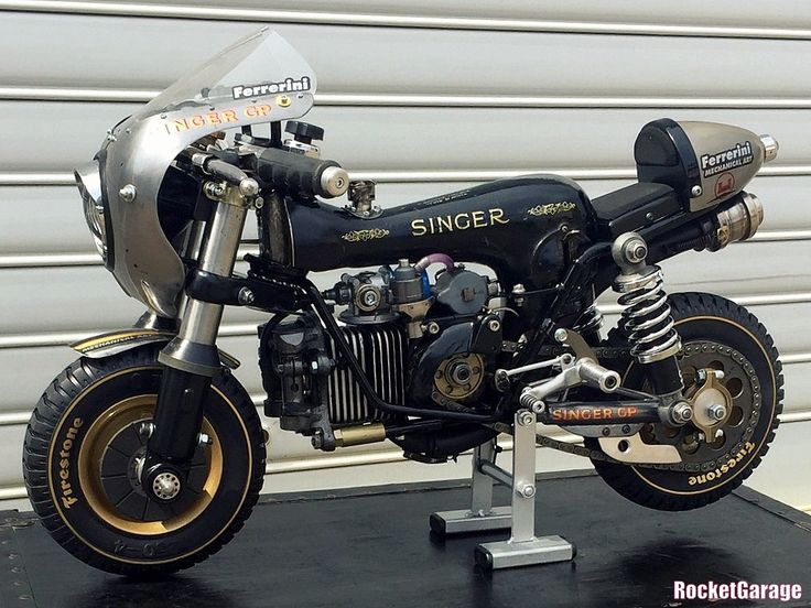 Singer GP - RocketGarage Cafe Racer