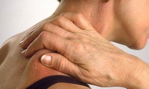 No es un secreto que las articulaciones del cuerpo se desgastan o atrofian con el paso de los años. Aunque algunas personas esperan que esto suceda para remediarlo, otras deciden una determinación preventiva contra la osteoporosis, y tomar algún suplemento.