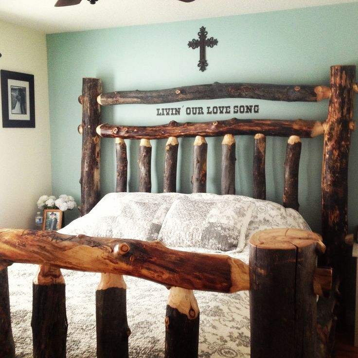 Log bed <3 I love that quote on the top!