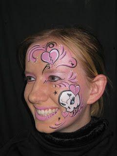 girl skull Halloween face painting ideas #halloween