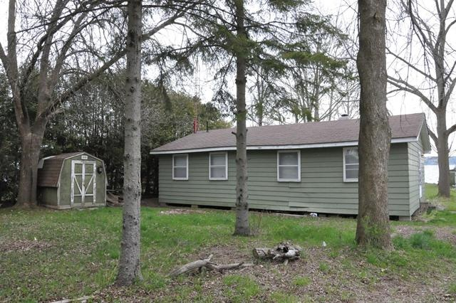 PETERBOROUGH (ON) Waterfront Property! Incredible View of Rice Lake and Short Distance for 407 commuters. Cottage could be torn down or fixed up! Going for $225,888.00 also the land value. http://www.century21.ca/Property/100772625