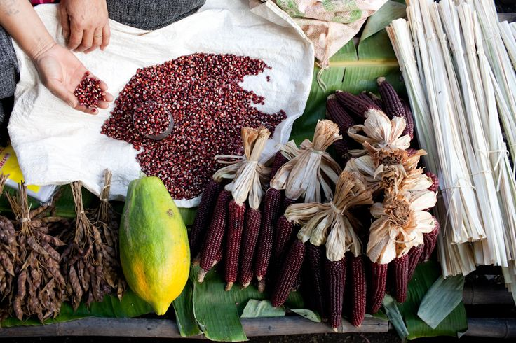 Red corn and papaya for sale, Inle Lake. *Inle Lake is a freshwater lake located in the Nyaungshwe Township of Taunggyi District of Shan State, part of Shan Hills in Myanmar.
