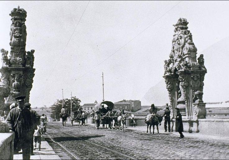 El Puente de Toledo, sobre el Manzanares a finales del siglo XIX Más información en www.madridantiguo.org