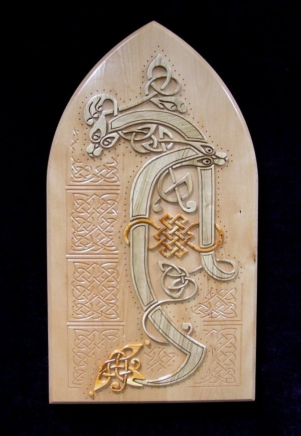 Book of Kells in Wood - Wall Hanging illuminated letter (A) feminine setting