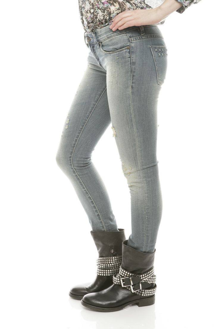 37, teen skinny jeans FREE videos found on XVIDEOS for this search.
