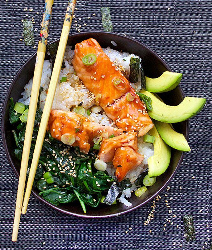 Teriyaki Salmon Rice Bowl with Spinach & Avocado by panningtheglobe #Rice_Bowl #Salmon #Healthy