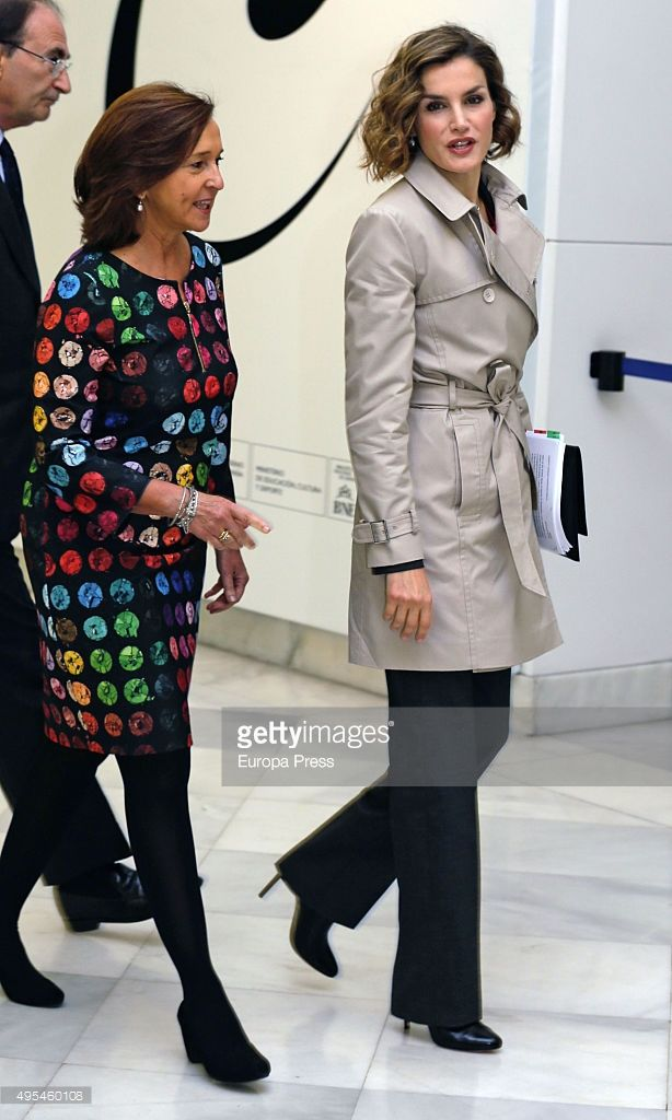Queen Letizia of Spain and Ana Santos (L) attend 'Cooperacion Espanola 2030. Espana y la nueva agenda de desarrollo sostenible' seminar on November 3, 2015 in Madrid, Spain.  (Photo by Europa Press/Europa Press via Getty Images)