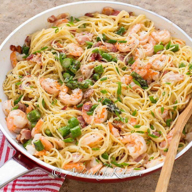 One Pan Shrimp Asparagus Carbonara