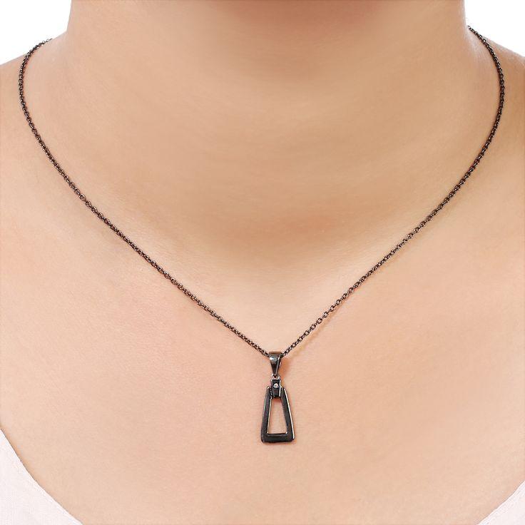 Bare udforske alle nyeste moderne samling af skandinaviske smykker designer sølv halskæde med sten. Tag et kig på populære sølv halskæde designs, kan du vælge din favorit på Besøg:-  https://www.needsjewellery.dk/dk/halskaeder.html