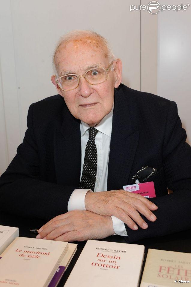 Robert Sabatier au Salon du livre de Paris, le 20 mars 2011.