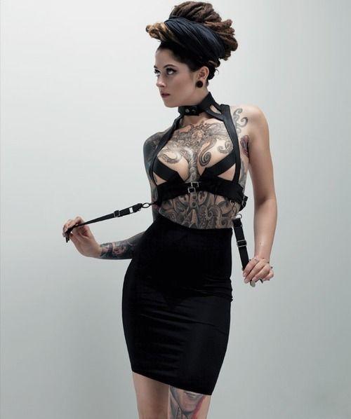 Libera a tu dómina #fetish www.fetish.cl #erotictoys #chile