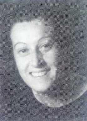 ISABEL TORRES (Cuenca, 1905 - Granada, 1998). Doctora en Farmacia. Ocupó una plaza en la Casa de Salud de Valdecilla (Santander). En el hospital su trabajo consistía en analizar el valor nutritivo de los alimentos con la finalidad de elaborar  las dietas a los pacientes. Investigó sobre las vitaminas en el Instituto de Patología Médica que dirigía el doctor Marañón.