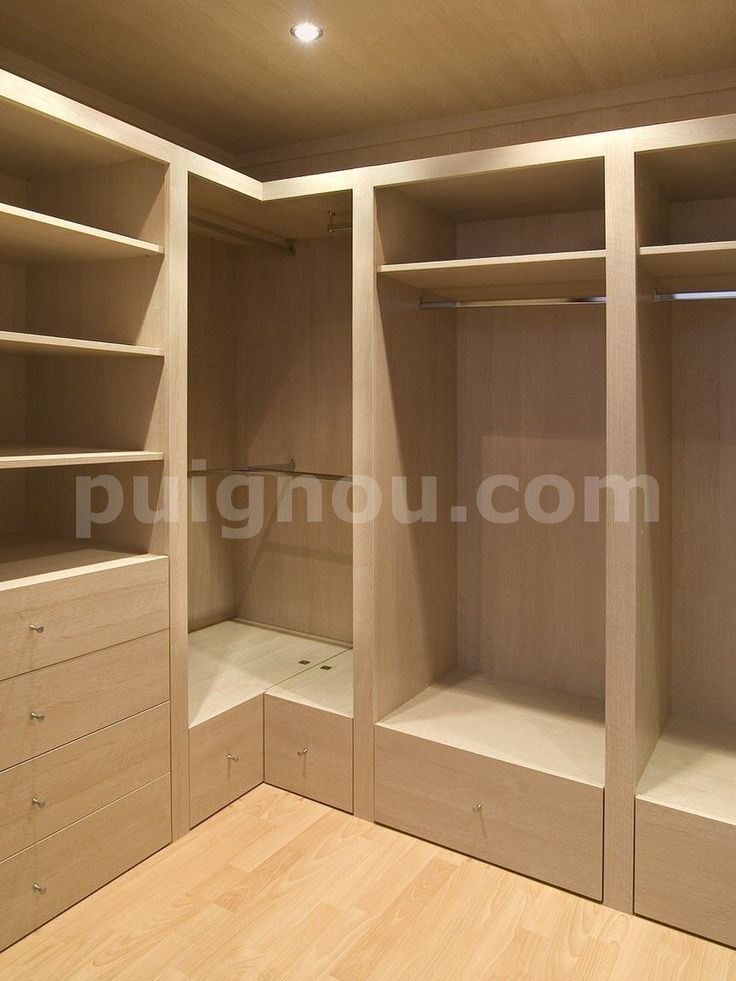 17 mejores ideas sobre closets de madera modernos en for Walking closet modernos pequenos