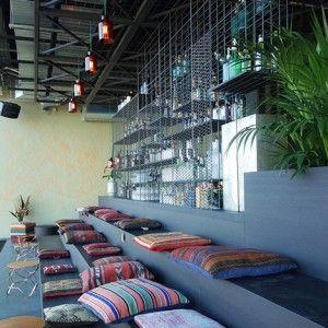 "Plants create ""urban jungle"" at Berlin  hotel by Studio Aisslinger"