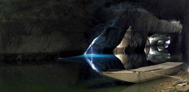 Unterirdische See Saint-Léonard :: Siders Wallis Schweiz