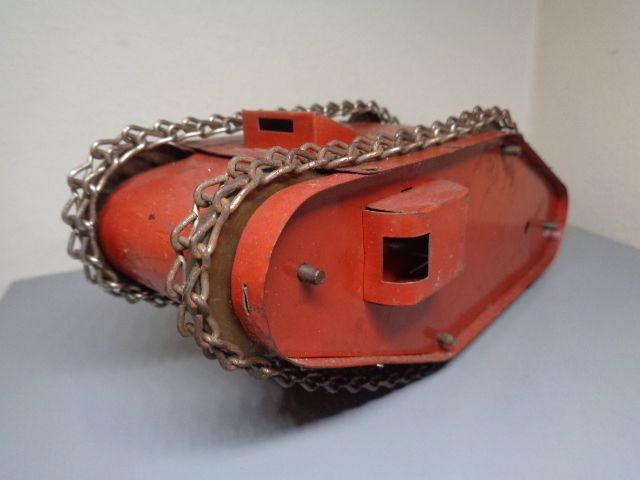 52 best images about Vintage Marx clockwork tin tank toys ...