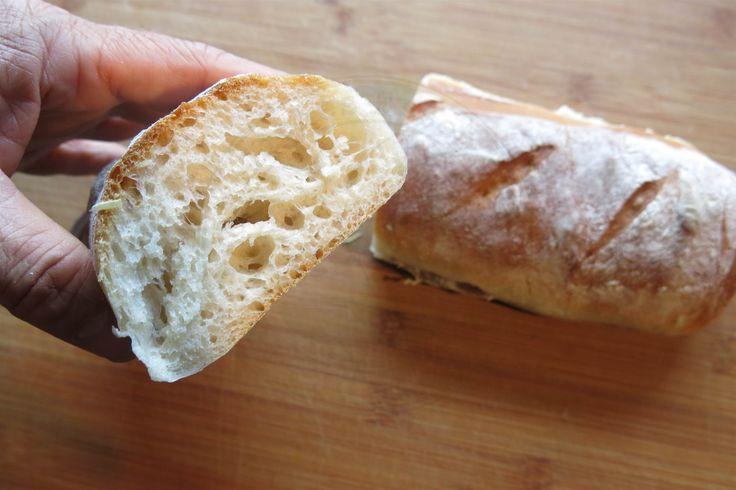 Für unseren reinen Männerurlaub nach Norwegen Anfang Juni musste ein praktisches Brot- und Brötchenrezept her, damit wir morgens ohne großen Aufwand frische