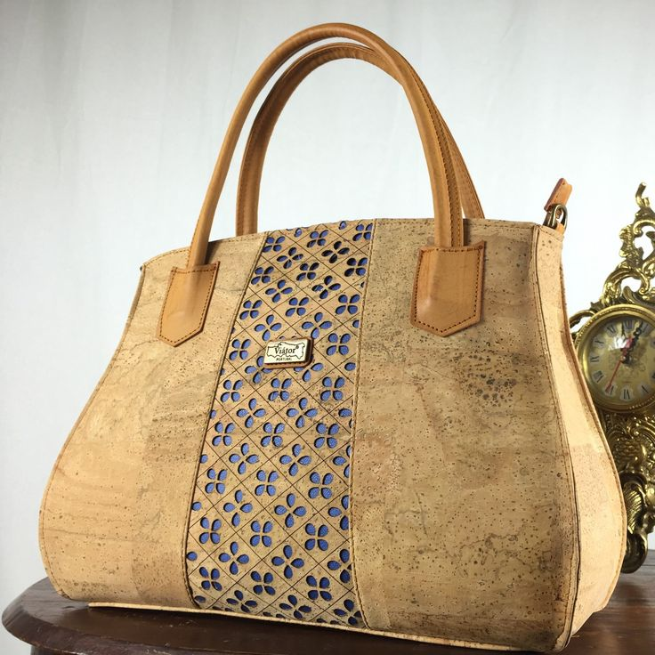 Elegant cork Handbag