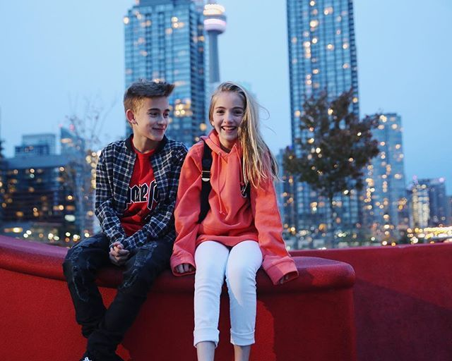 right before he tried to push me off @johnnyorlando