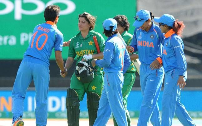 Women's World Cup: Virender Sehwag doffs his hat to Mithali Raj's women after crushing win over Pakistan : Cricket, News http://indianews23.com/blog/womens-world-cup-virender-sehwag-doffs-his-hat-to-mithali-rajs-women-after-crushing-win-over-pakistan-cricket-news/