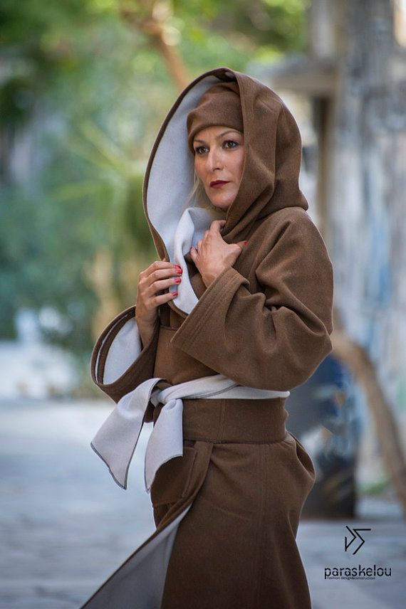 wrap coat kapuzen hooded tie-waist by paraskeloufashion on Etsy