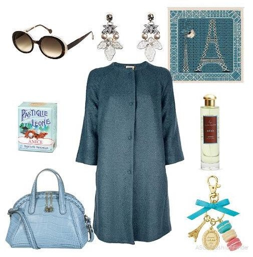 Coat Semi Couture  Bag Lancel  Foulard Longchamp  Earrings Tataborello Officina Bijoux  Sunglasses Icons of Italy by Vanni  Perfume Solista Laura Tonatto  Candies Pastiglie Leone  Keyrings Ladurée