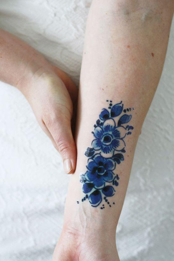 Delfts Blue flower tattoo: