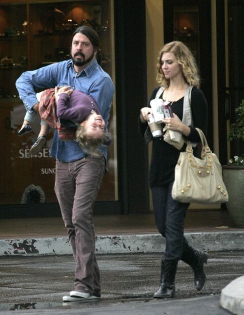 Family man Dave Grohl.