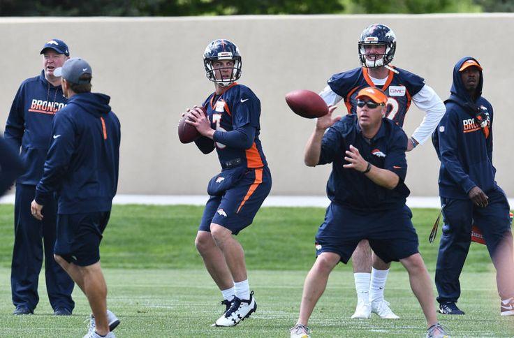 Denver Broncos: Quarterback battle breakdown, 2017 Edition