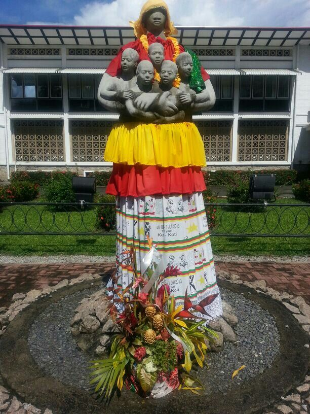 Mother Suriname and her children. In Paramaribo, the capital of Suriname. #Sculpture #ModernArt