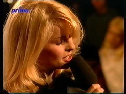 Iveta Bartošová-LÉTO (LIVE- 1998) - YouTube
