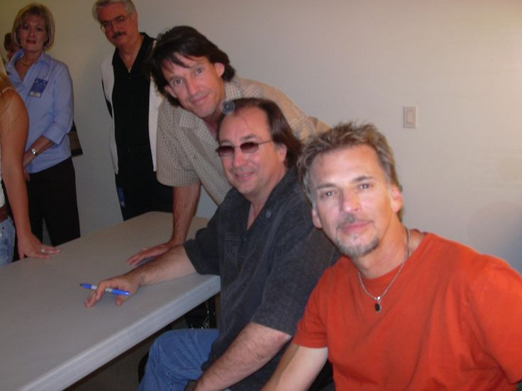 Kenny Loggins, Jim Messina and Owner Michael Dunn after concert
