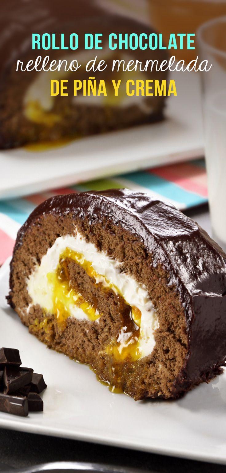 ¡Nos inspiramos en los los chocorroles y el brazo gitano para crear este increíble postre de chocolate y mermelada de piña!