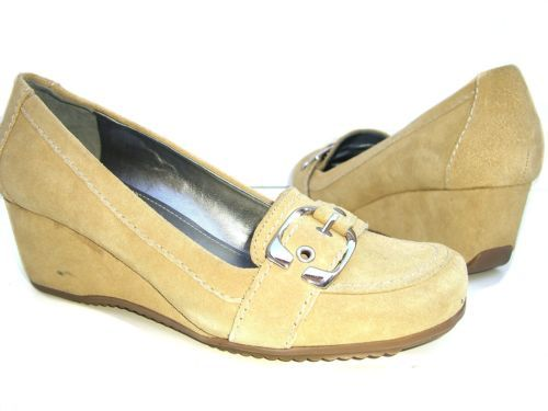 FISHER 'MFARLINES' Taupe Beige Suede Womens Wedges Shoes US Size 7.5