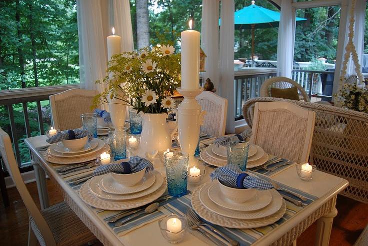 Pretty summer table