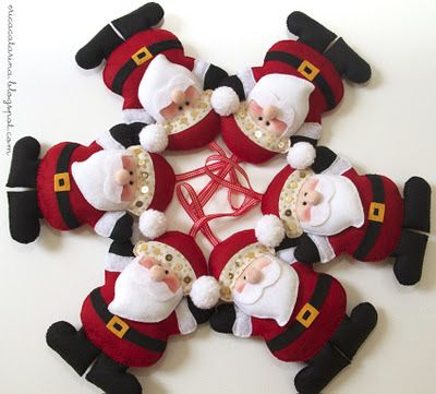Felt Santa: A Menina, Felt Crafts, Felt Christmas, Photo Shared, Felt, Santa Ornaments, Christmas Ideas, Felt Santa, Noel Good