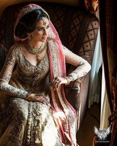 Bridal perfection #bridal #motd #bridalhair #pakistanifashion #shaadibazaar #wedding #indianwedding