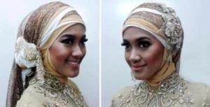 Banyak cara memakai jilbab dengan tips termasuk tips jilbab pengantin menggunakan jilbab pesta.