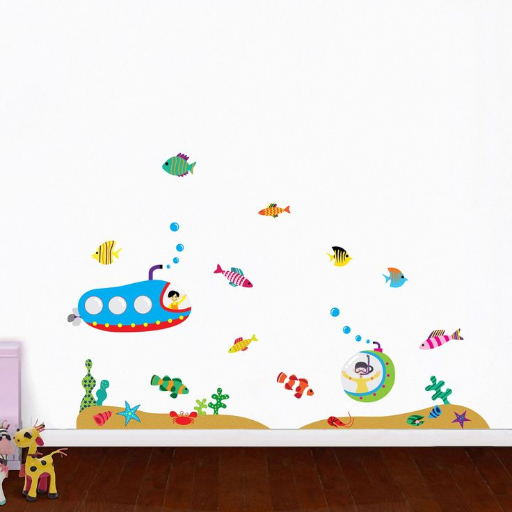 Brighten the walls of your kid's room with this fishy wall art.