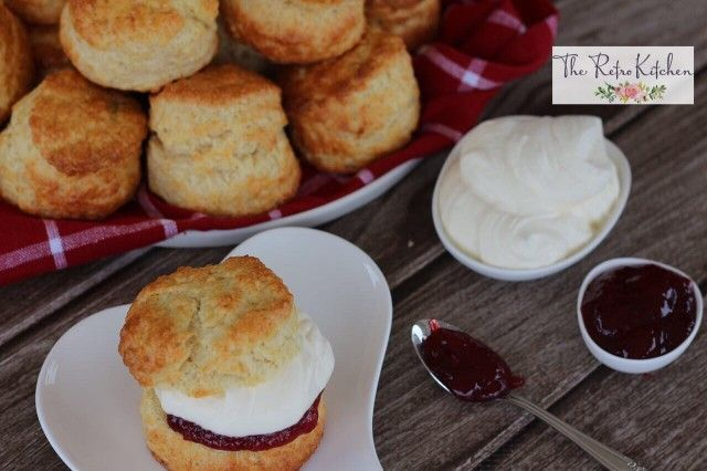 Feather Light Scones by theretrokitchen