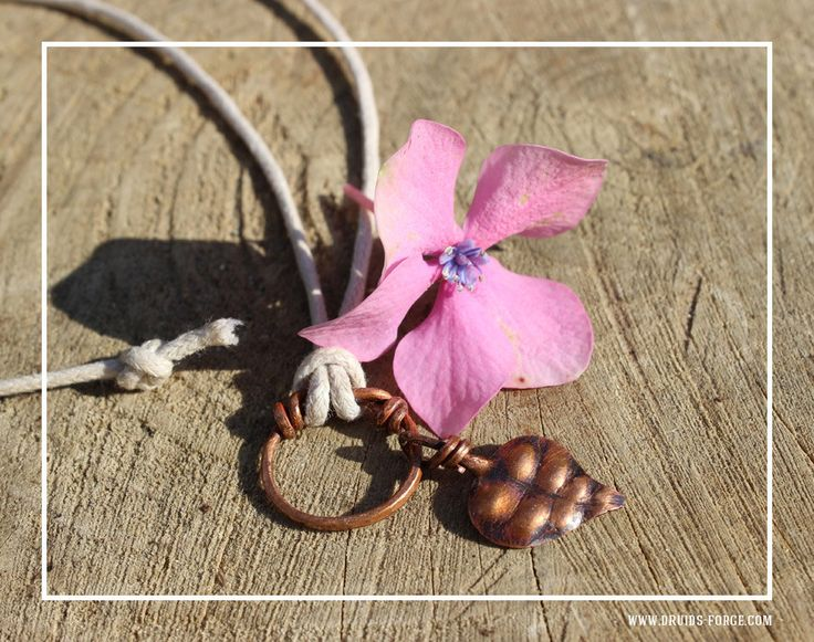 Leaf pendant with double-knot ring by DruidsGreenForge on Etsy